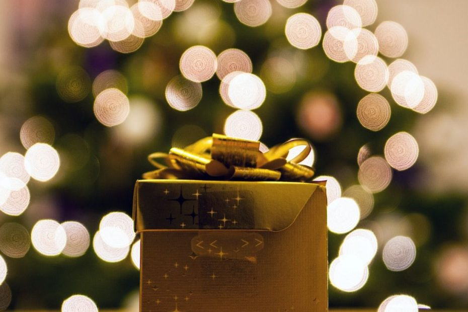 Affordable Gifts Ideas to Surprise Your Family on this Diwali